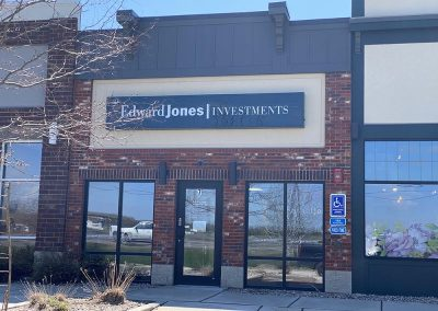 Building LEASED: Edward Jones Investments