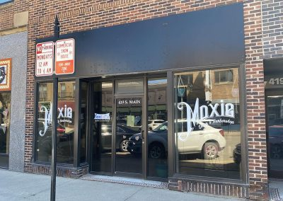 Building LEASED: Moxie Salon & Barbershop